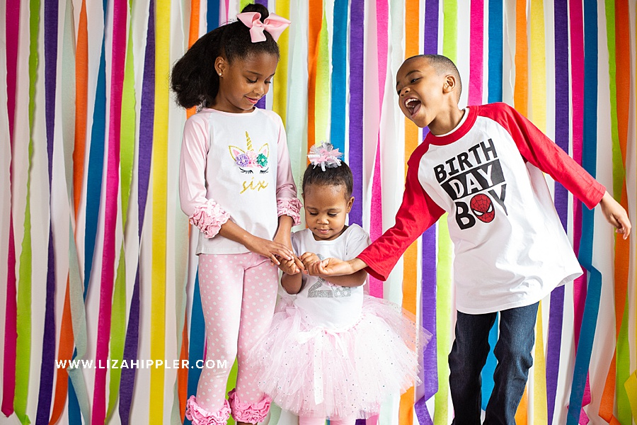 3 siblings for their birthday shoot