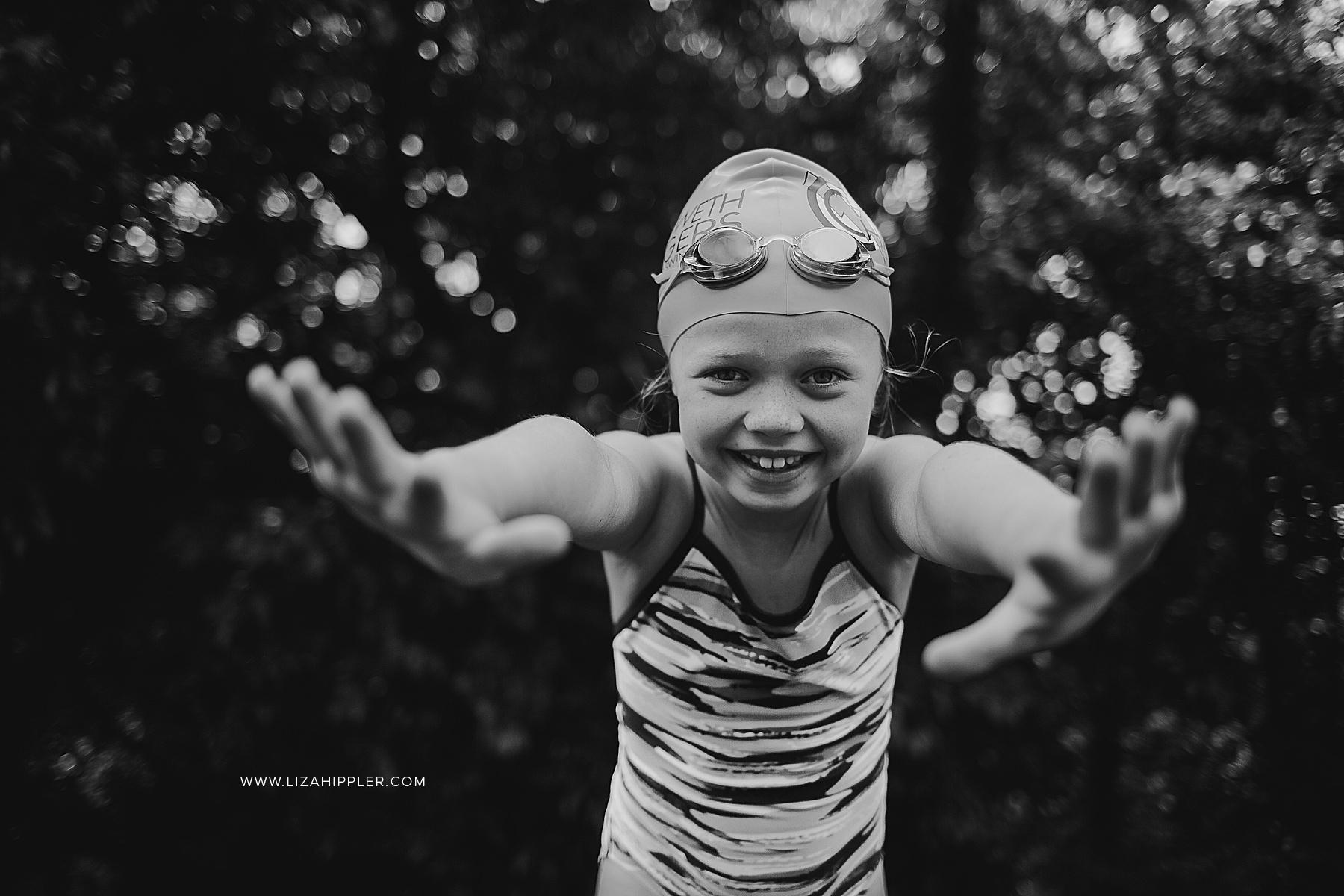 swimmer girl pretending to dive