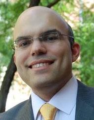 Mike Periu, Financial Expert