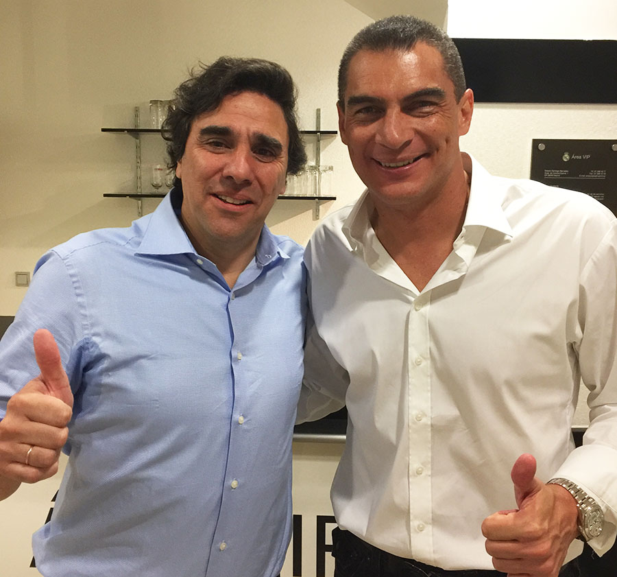 Carlos and Faryd Mondragon, Colombian soccer player that was the eldest to play in a World Cup