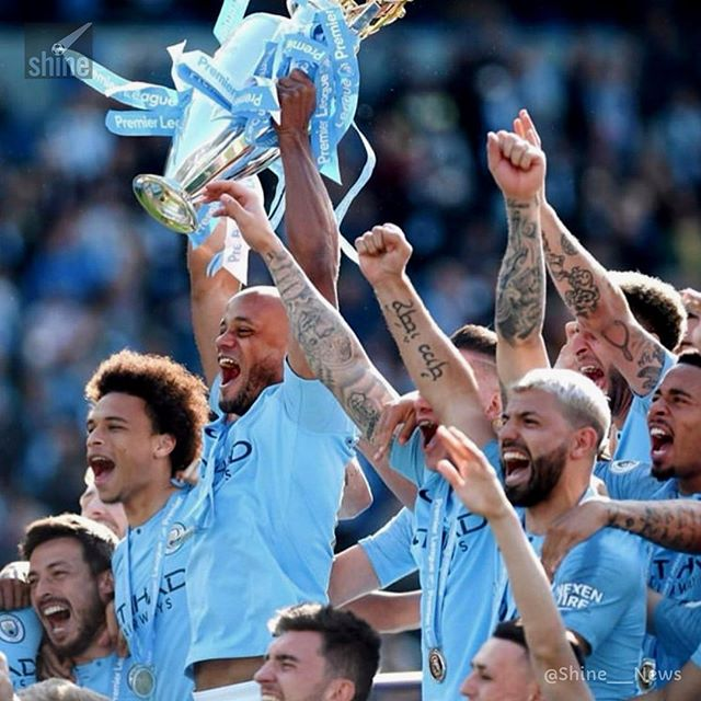 🏆 #PremierLeague 2018-19 🏆 — #ManchesterCity is the CHAMPION! — With 32 wins, 2 draws and 4 losses, #ManCity wins the tournament with 98 points of 114 possible. — Congratulations!! 🎉🎉 — 📸: @mancity