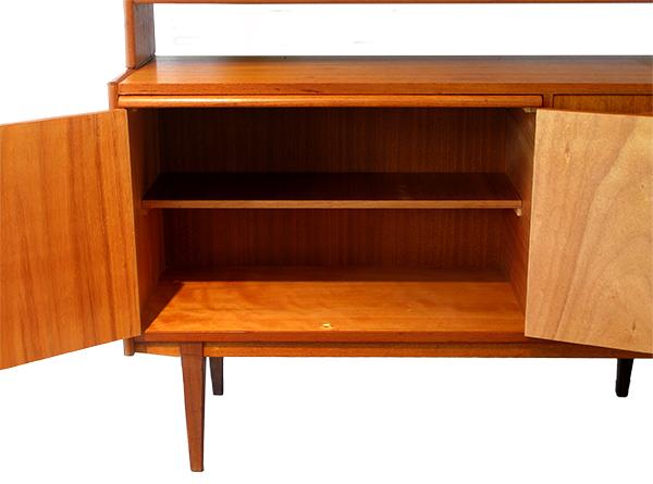 hutch cabinet.jpg