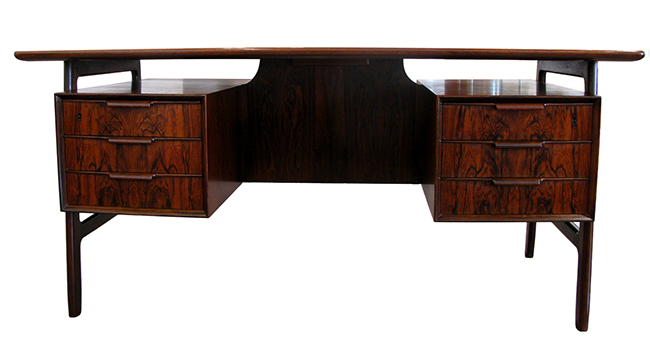Omann Jun rosewood desk