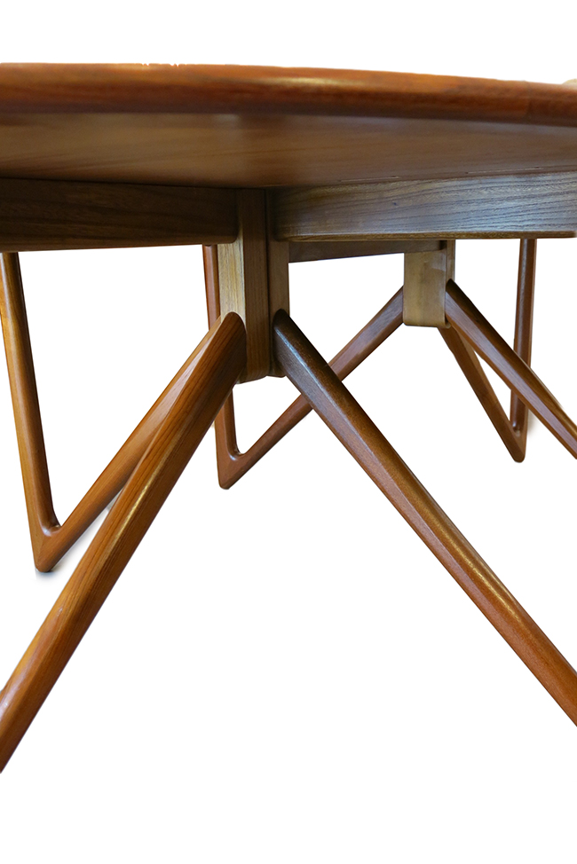 Niels Koefoed dining table 1.jpg