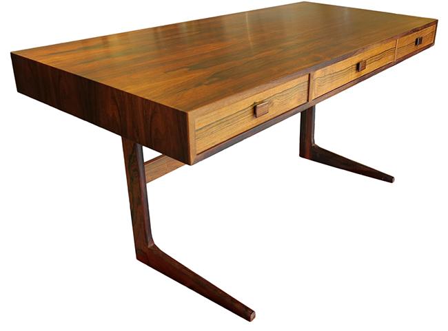 Rosewood desk by Georg Petersens.jpg