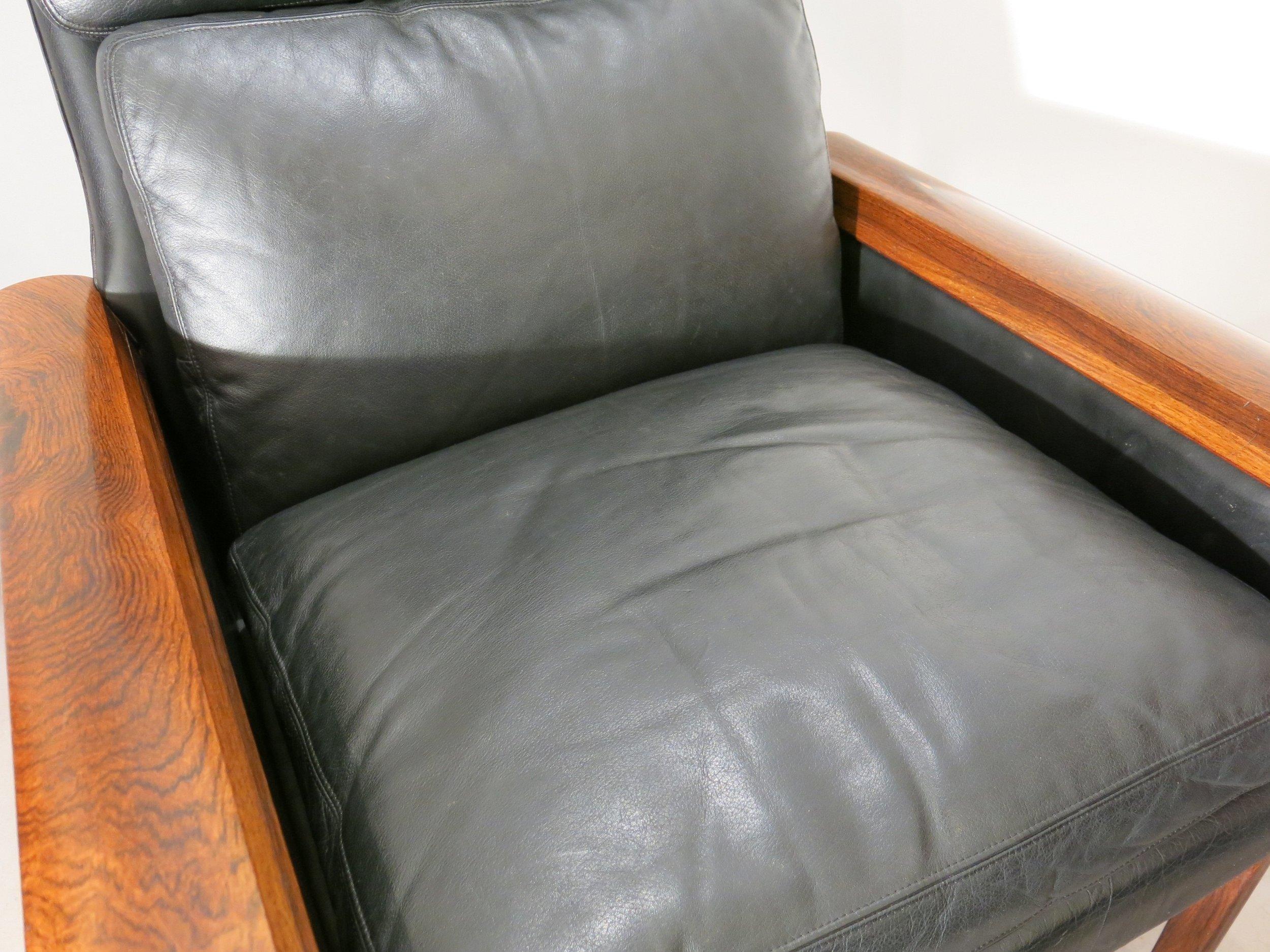 Hans Olsen chair detail.jpg