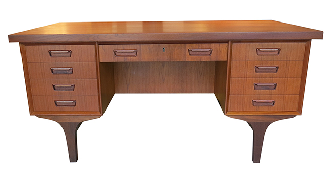 Four sided Danish desk.jpg