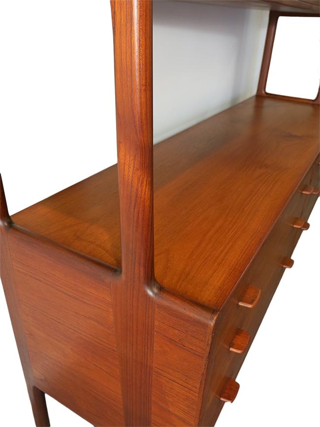Hans Wegner two tiered sideboard.jpg