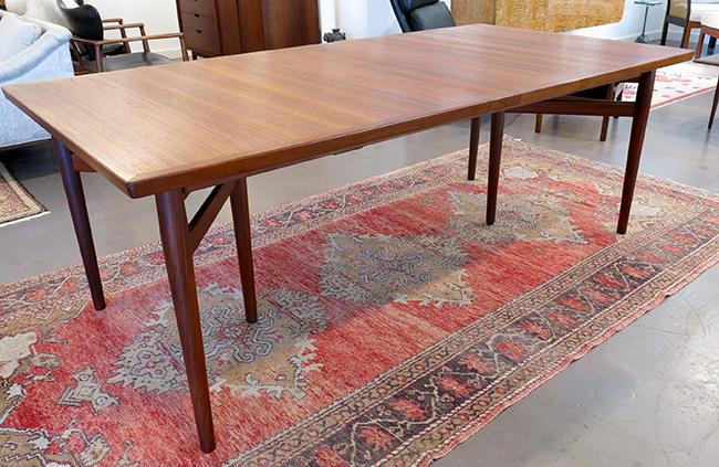 Arne Vodder dining table - Mid-century Modern Atlanta.jpg