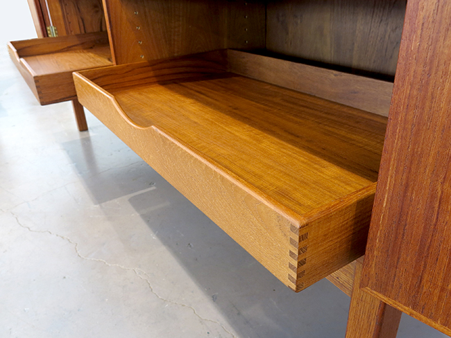 Teak sideboard with pull out trays.jpg