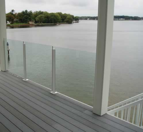 glass_handrail_on_deck_view.jpg
