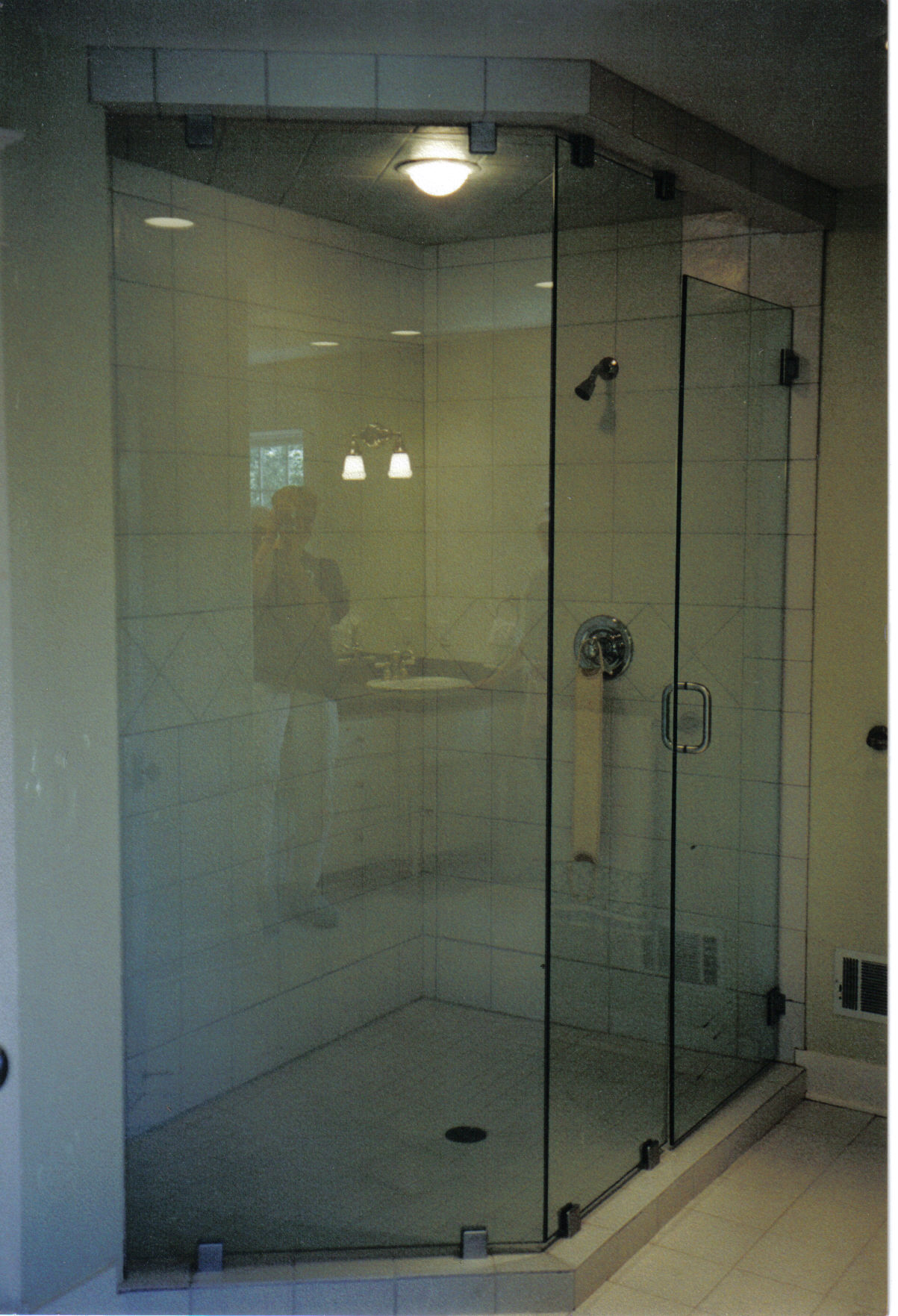 Euro Door and Panels with clamps.jpg
