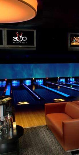 Club 300  w- lanes.jpg