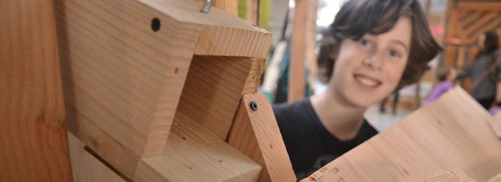 Trabajos en madera,  Tinkering School , San Francisco (EEUU)