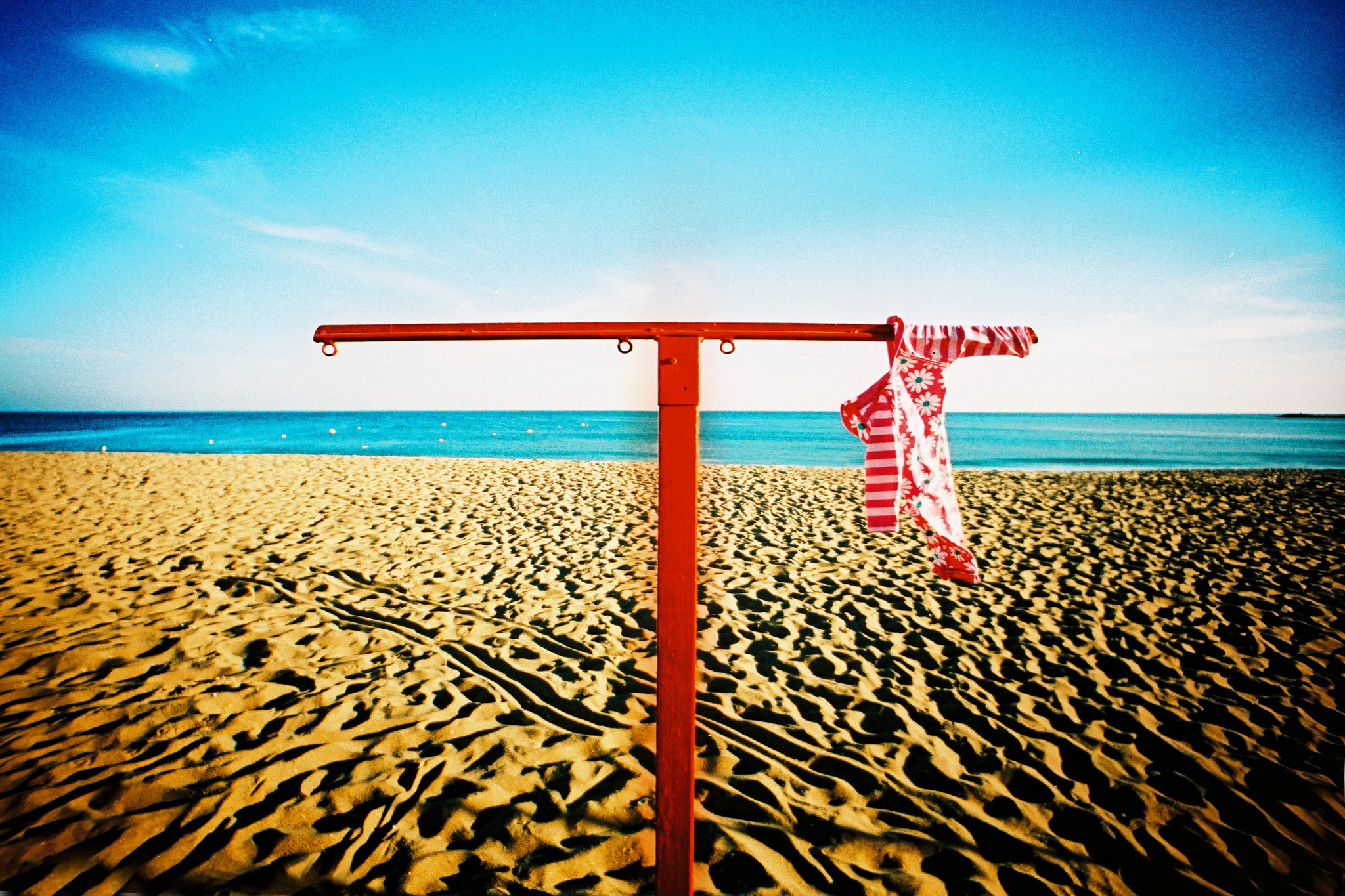 Nick Page : Lost bikini.  CC BY 2.0