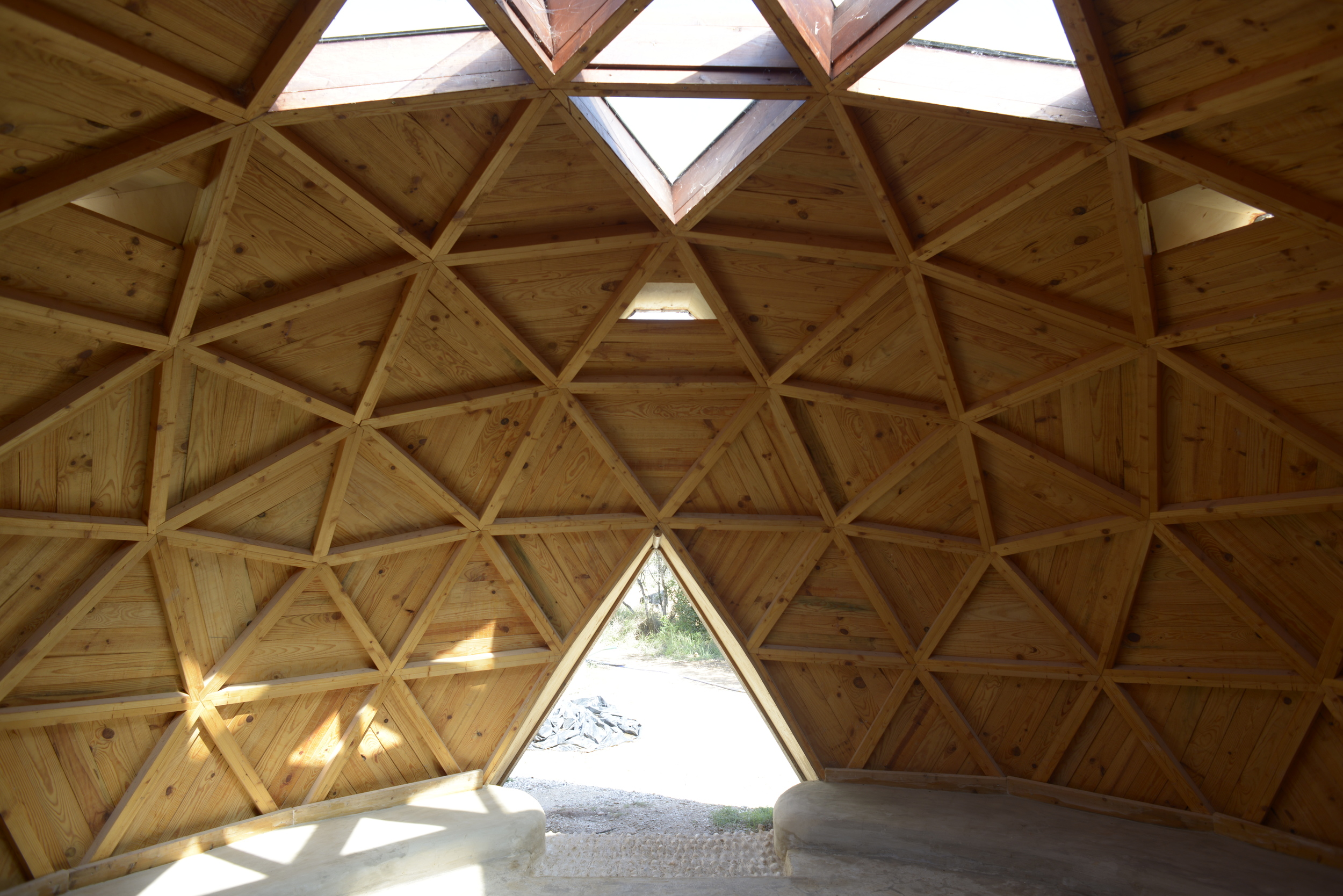 Domo construido por los chicos en  Ojo de Agua | Ambiente educativo , Orba (Alicante).