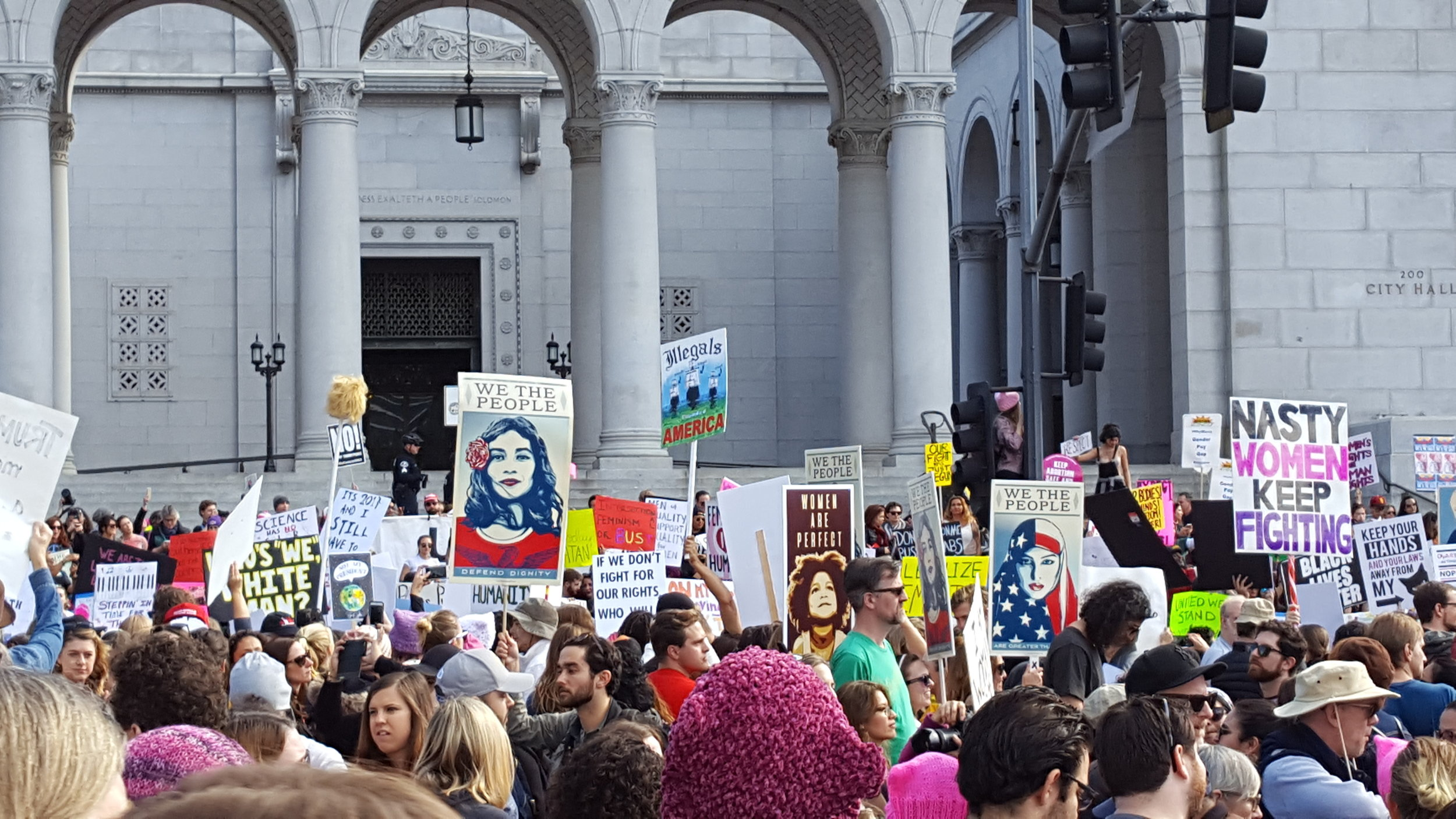 Peaceful demonstrators in front of Los Angeles City Hall on Jan. 21, 2017 (Photo by C. Rasmussen).