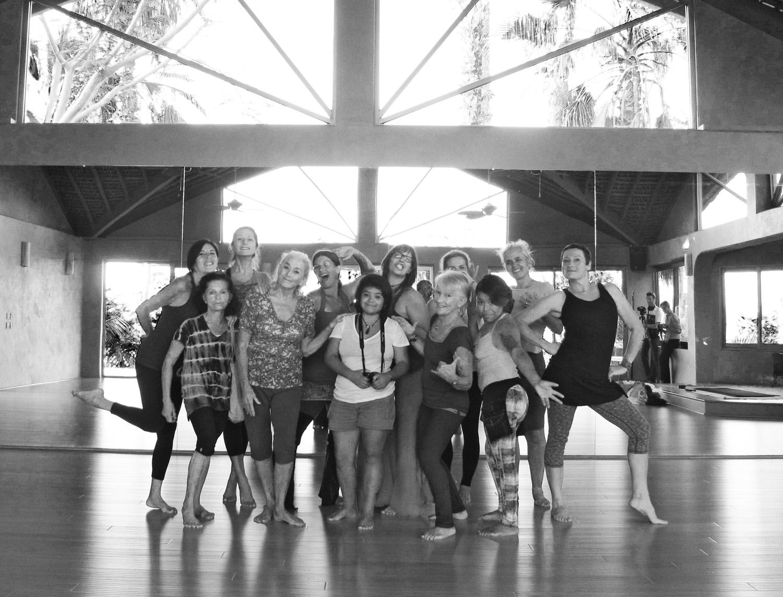 dance lab group b&w.jpg