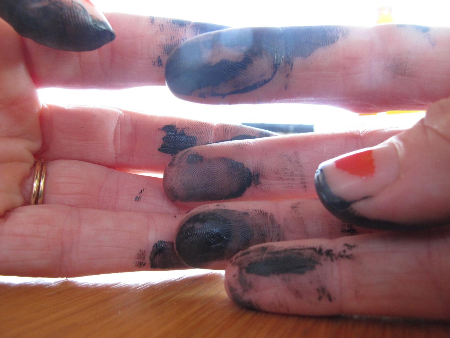 inky fingers.jpg