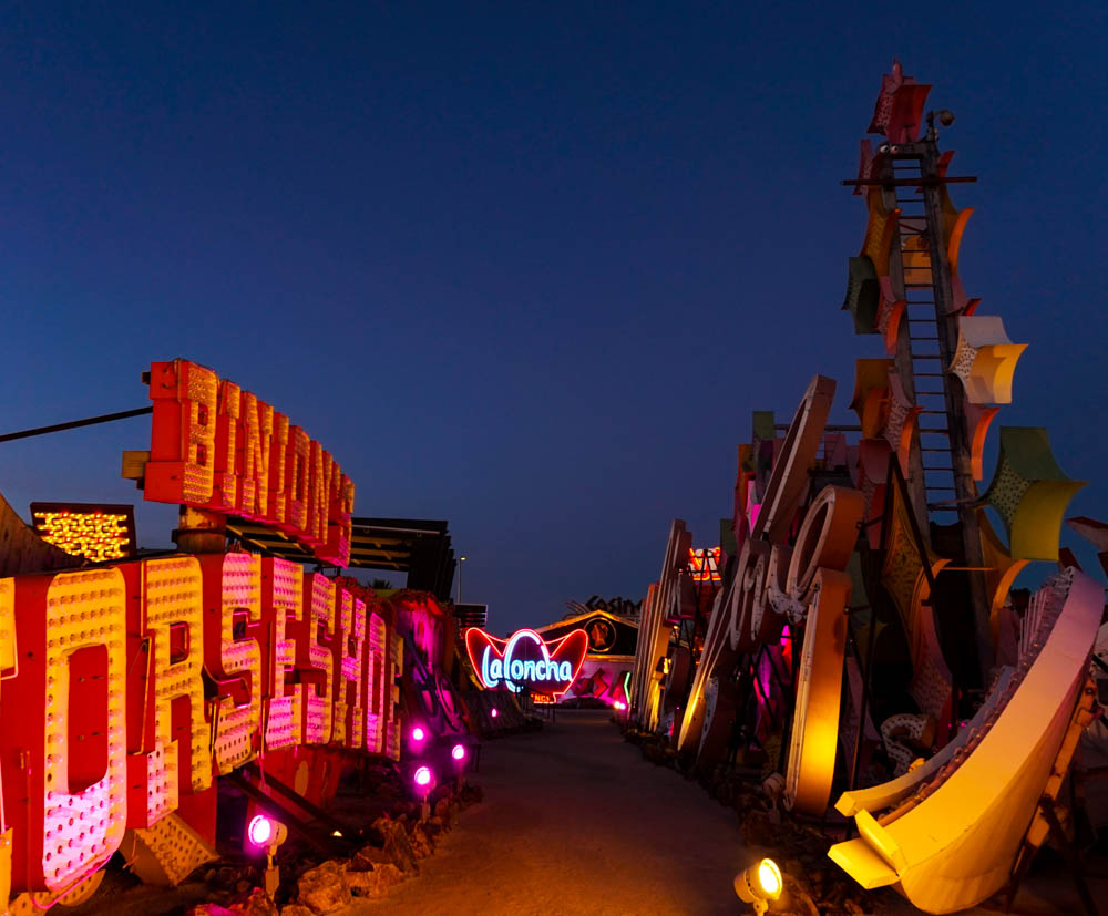 Kat-Marshello-Neon-Museum-photo6-2018.jpg