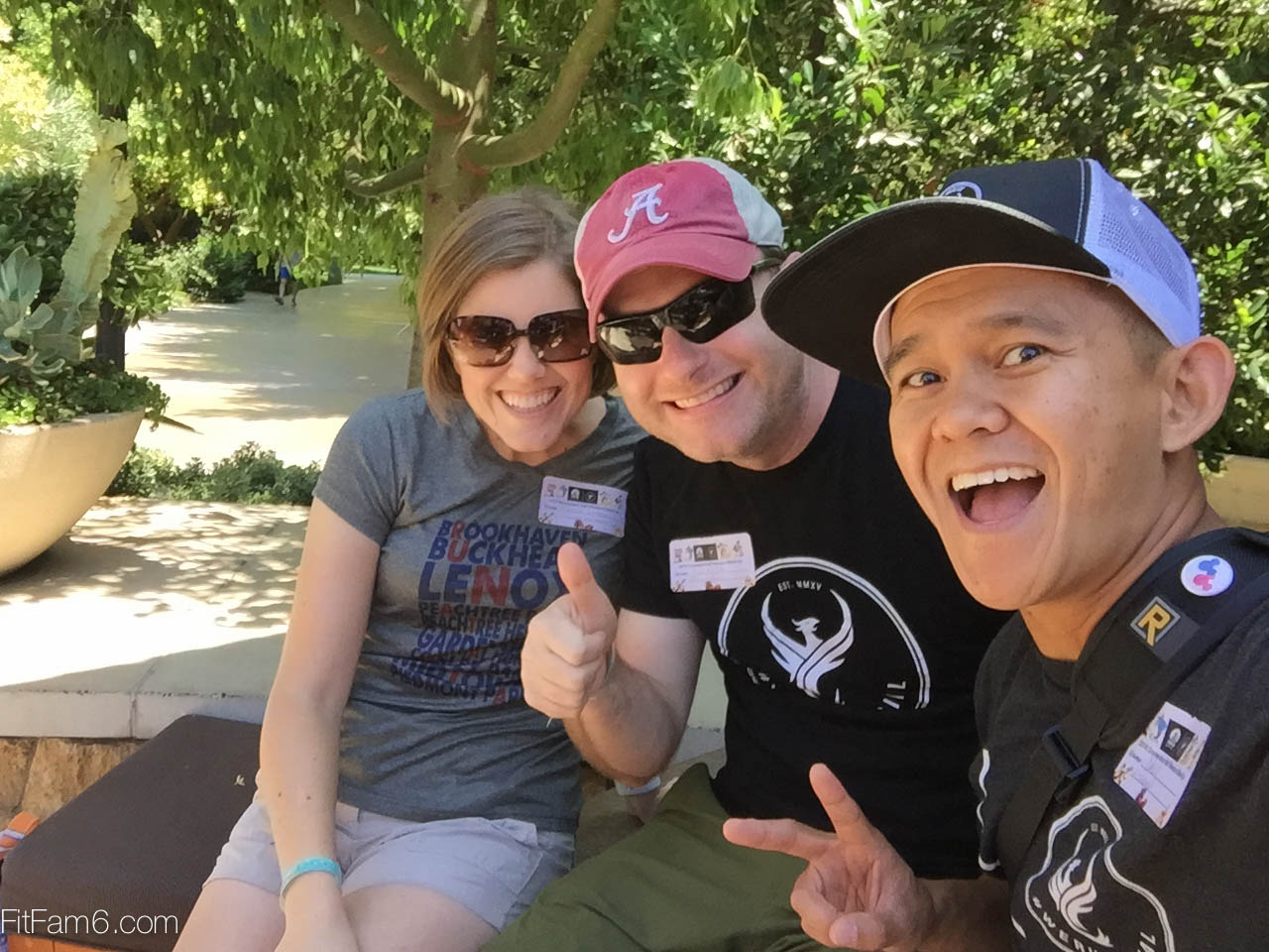 It's AMAZING to meet running friends IRL!  @allenwhittaker  and  @rachelewhittaker