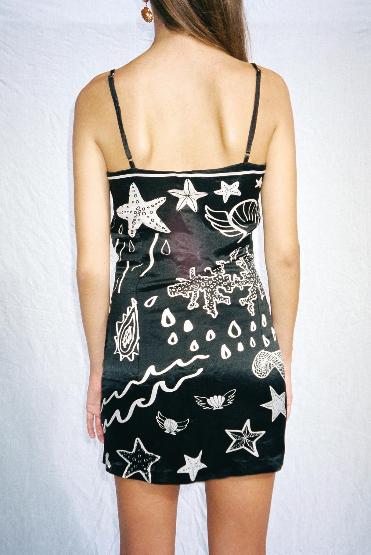 capulet dress 6.jpg