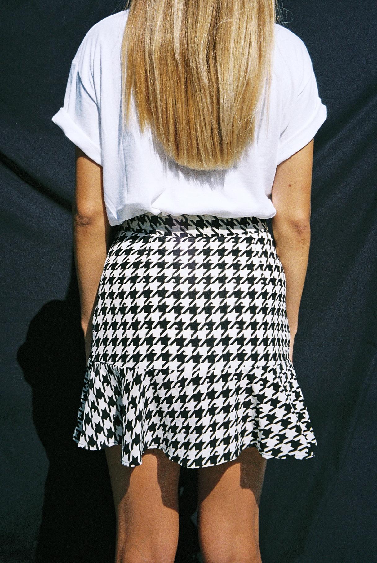 sharktooth skirt 3.jpg