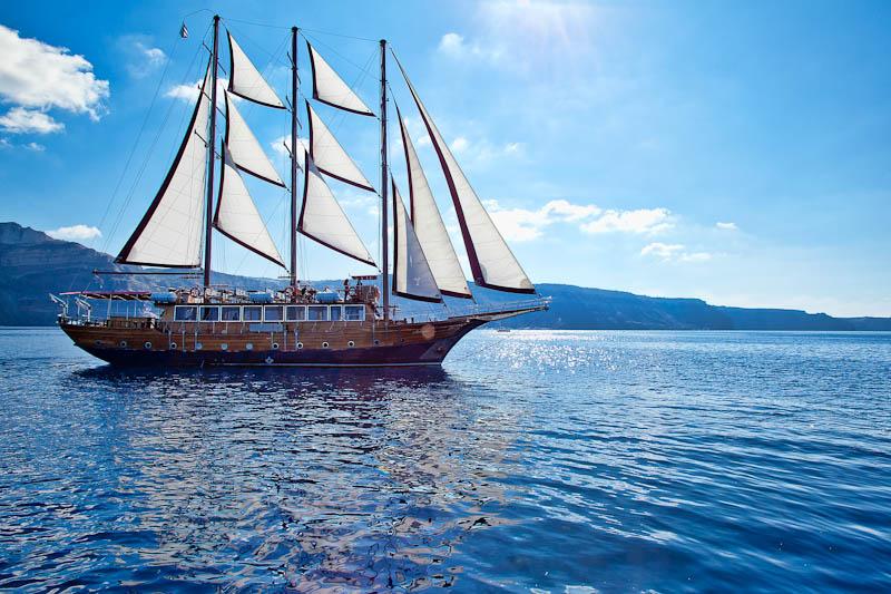 santorini-sea-excursions-48.jpg