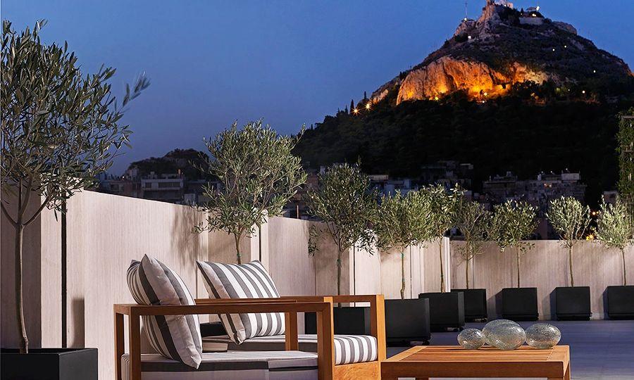AthensPlaza.jpg