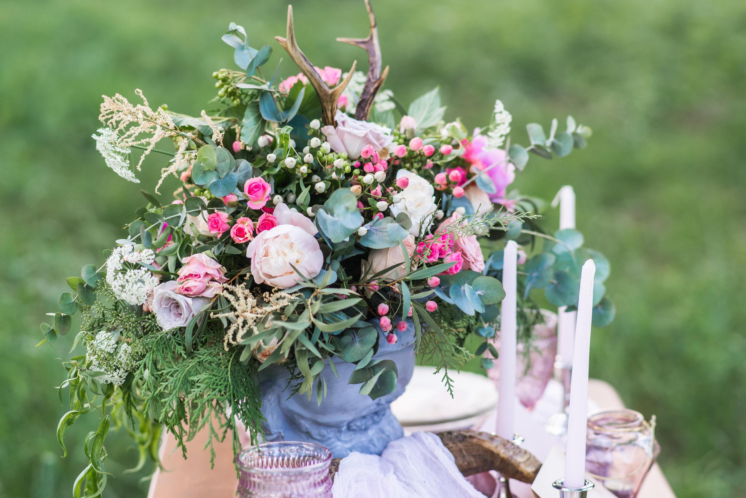 romantic garden centerpiece.jpg