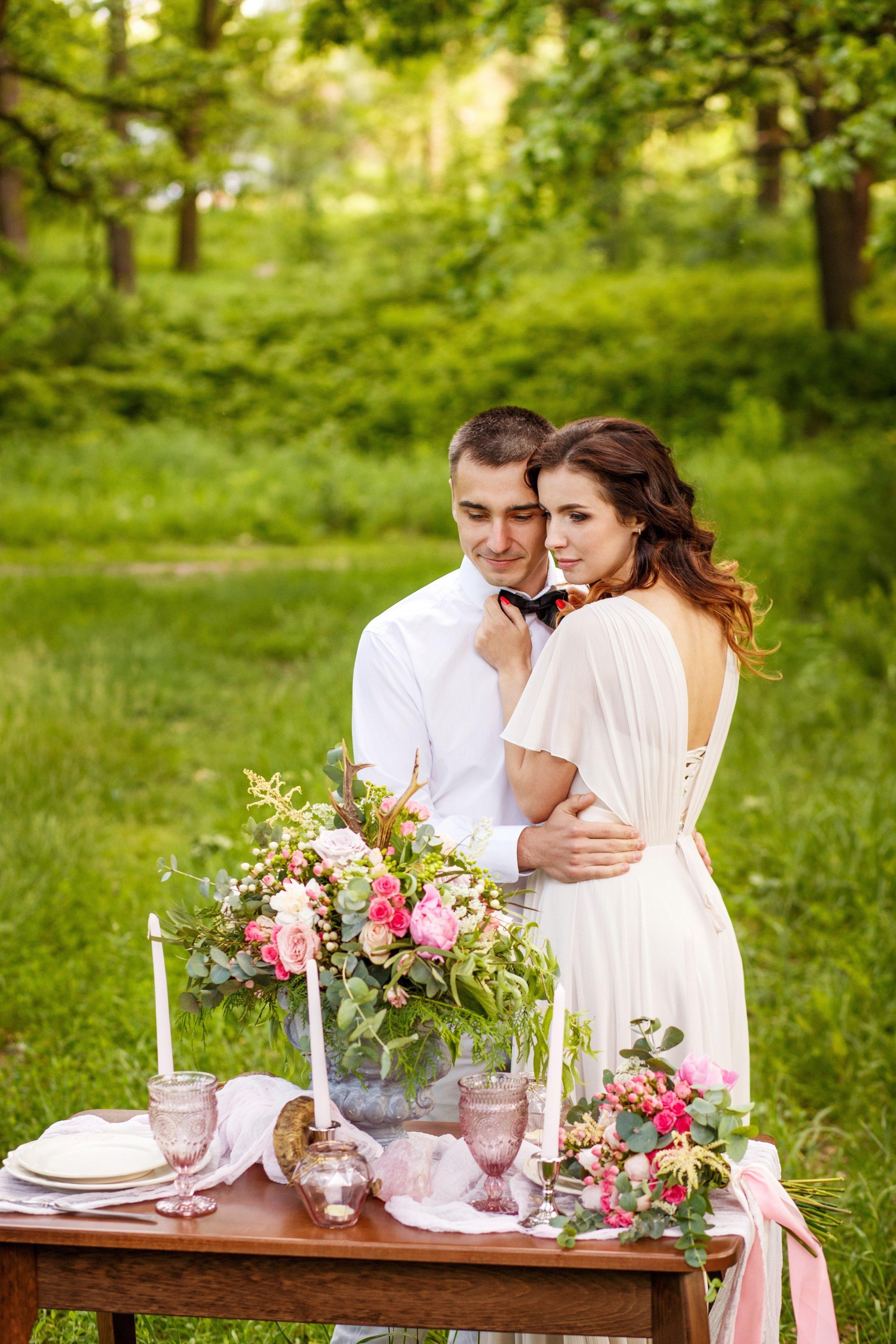 pink romantic wedding table.jpg