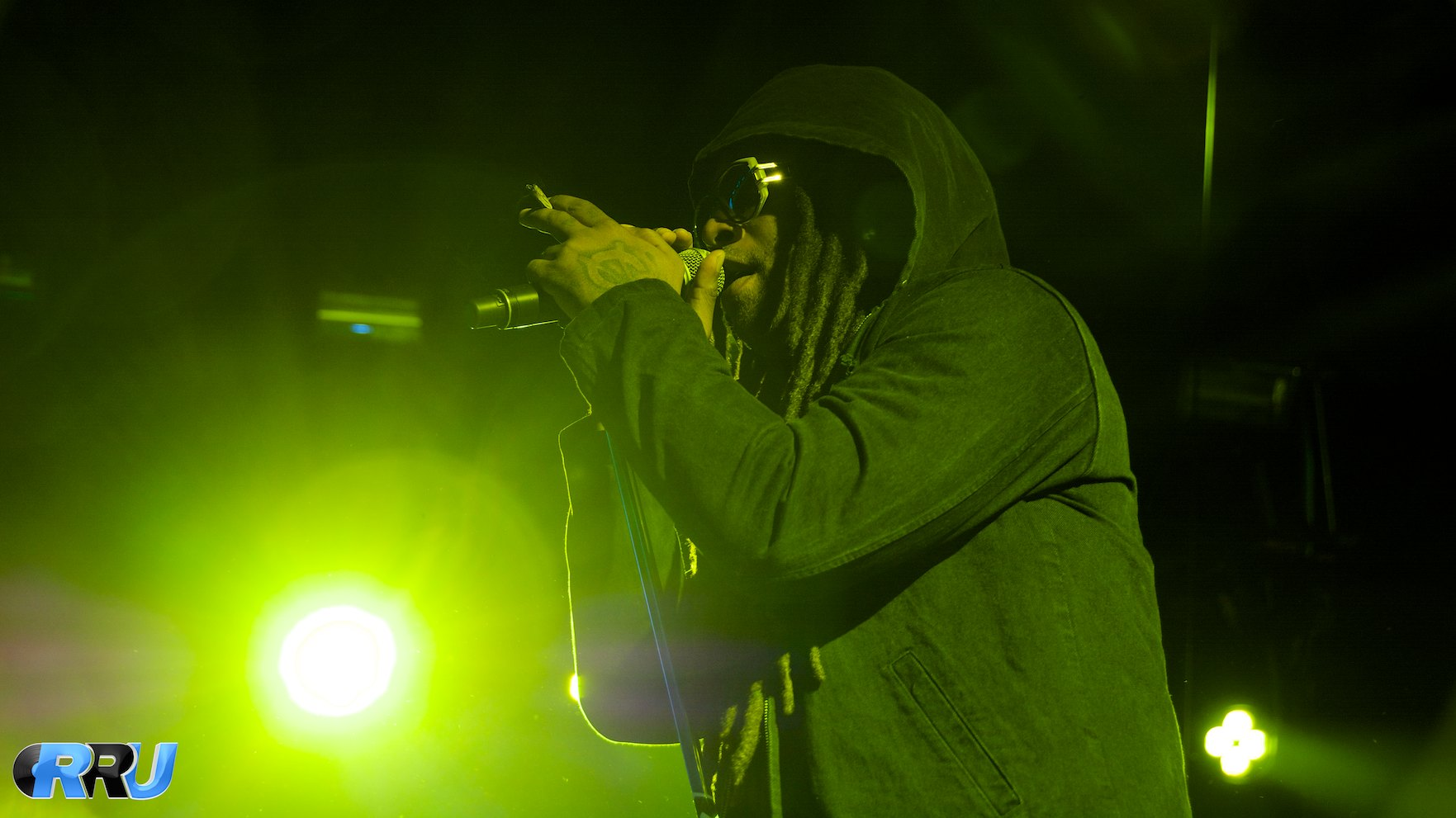"""Ty Dolla $ign performing as part of the """"Under The Influence Of Music"""" tour in Mansfield, MA on August 2nd, 2014 (Benjamin Esakof/Roman's Rap-Up)."""