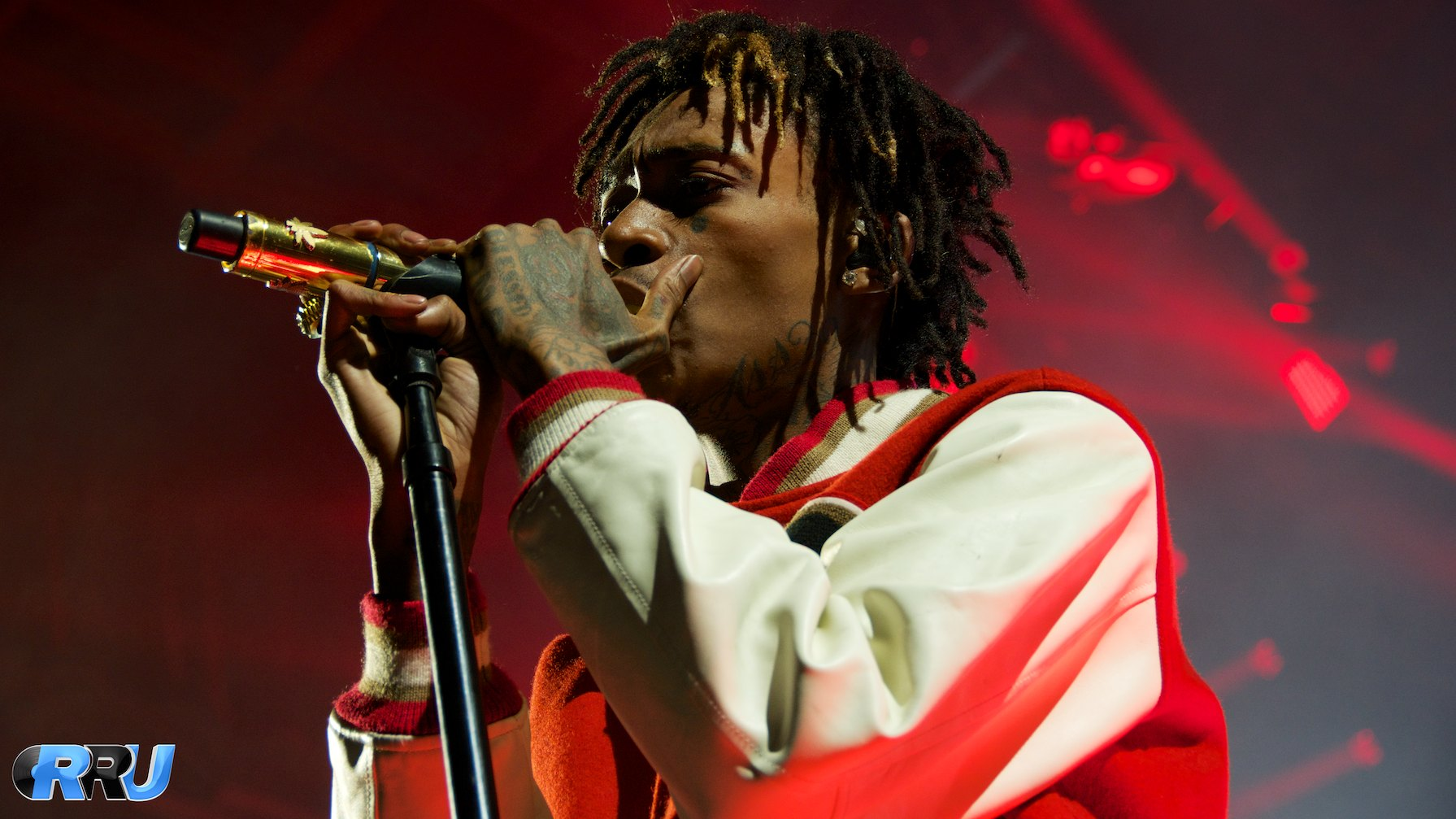 """Wiz Khalifa performing as part of the """"Under The Influence Of Music"""" tour in Mansfield, MA on August 2nd, 2014 (Benjamin Esakof/Roman's Rap-Up)."""