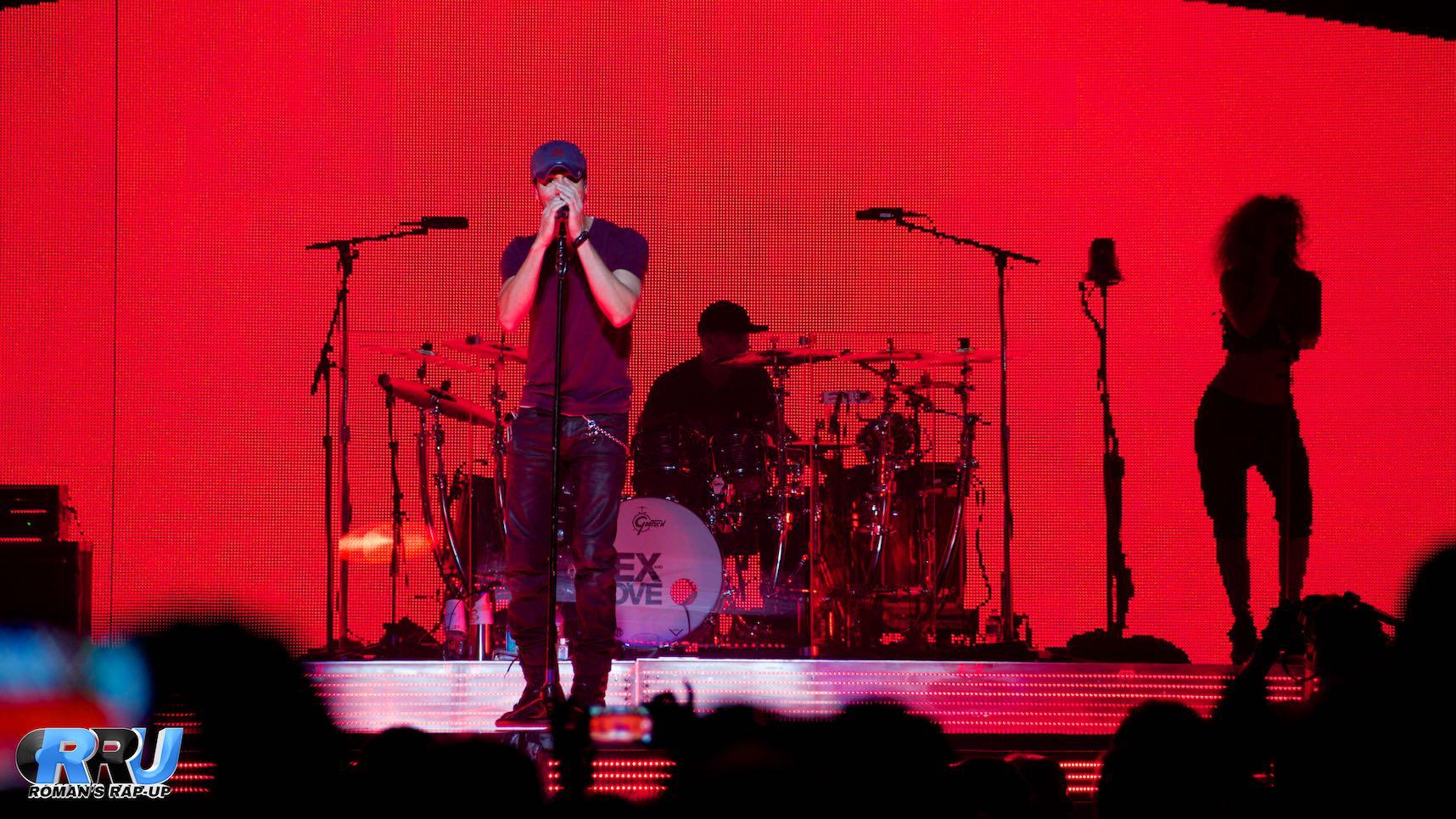 Enrique Iglesias performs in Boston, MA on September 29th, 2014 (Benjamin Esakof/Roman's Rap-Up).