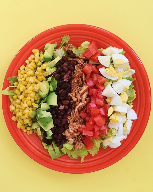 This BBQ chicken cobb salad by @damn_delicious is super easy, tasty and filling (in a good way...the non-gross way!) Grabbing a rotisserie chicken makes this recipe even easier. Enjoy!⠀ .⠀⠀⠀⠀⠀⠀ .⠀⠀⠀⠀⠀⠀ .⠀⠀⠀⠀⠀⠀ .⠀⠀⠀⠀⠀⠀ .⠀⠀⠀⠀⠀⠀ #buzzfeedfood #cleaneating #dietitian #eattherainbow #eatyourveggies #f52grams #fitfoodie #foodblogger #healthyaperture #healthyrecipe #healthykids #huffposttaste #kitchn #myplate #nutrition #rdapproved #realfood #realsimple #superfood #tastingtable #tastyandclean #tastyandcleanideas #thenewhealthy #weightwatchers #wholefood ⠀⠀⠀⠀⠀⠀ ⠀⠀⠀⠀⠀⠀ #salad #livelifefully #bbq #bbqchicken #damndelicious