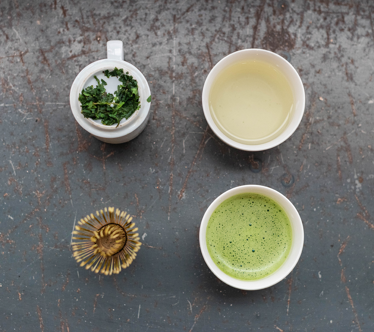 Tencha produces a pale, mellow liquor tasting of sweet sea kelp. Many steps later in the process, tencha will be transformed into full-bodied, unctuous matcha.