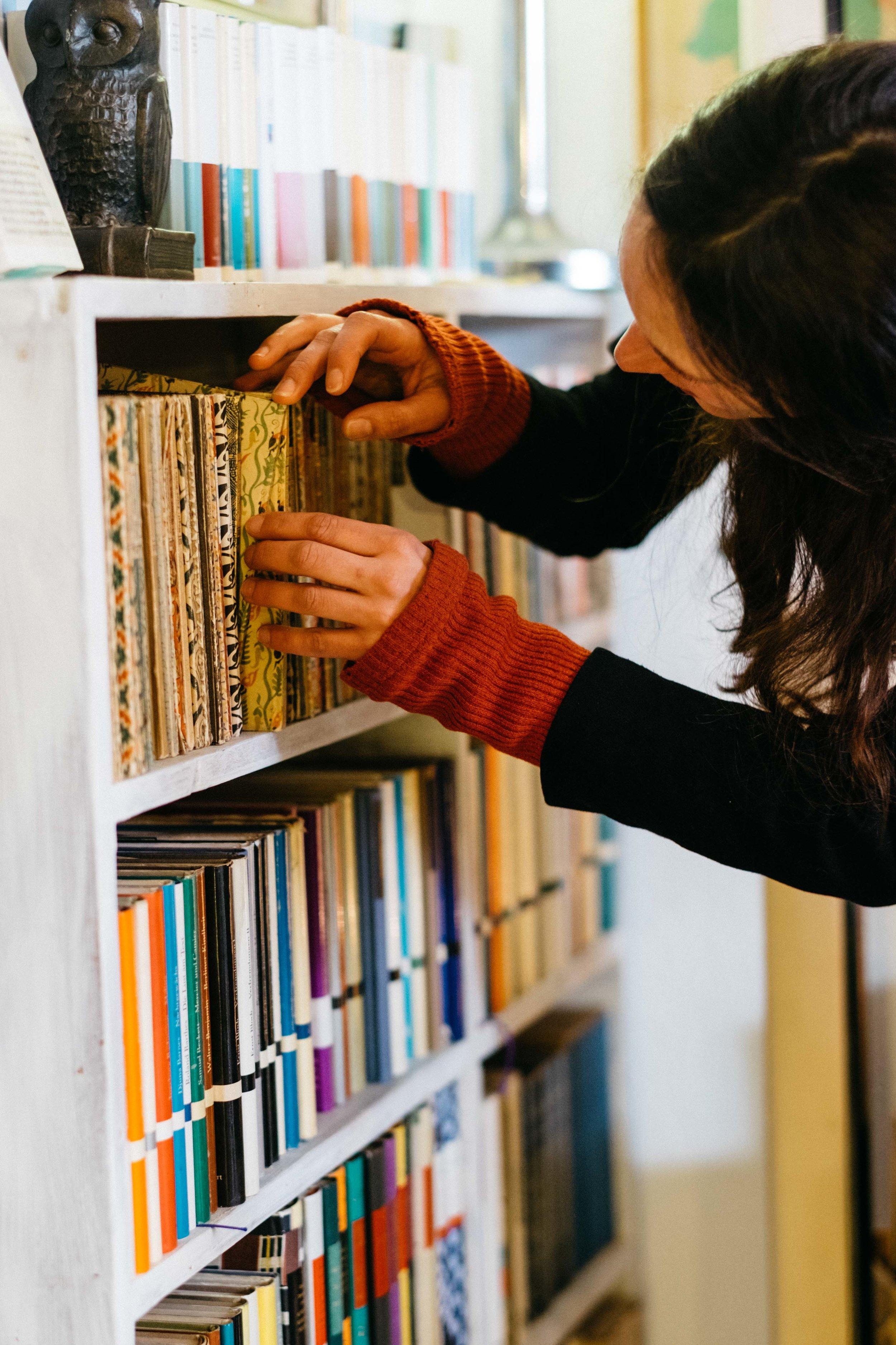 antiquariat-langguth-restaurator-buch-literatur-koeln-wearecity-atheneadiapoulis-32.jpg