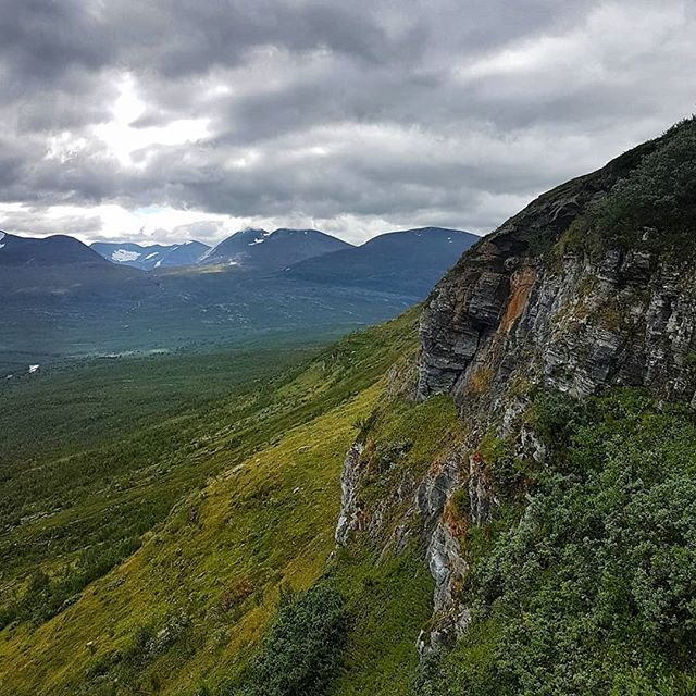 Wilderness 🙂  Simply loved this place!  #placestowanderandexplore #abiskonationalpark #abisko #sweden