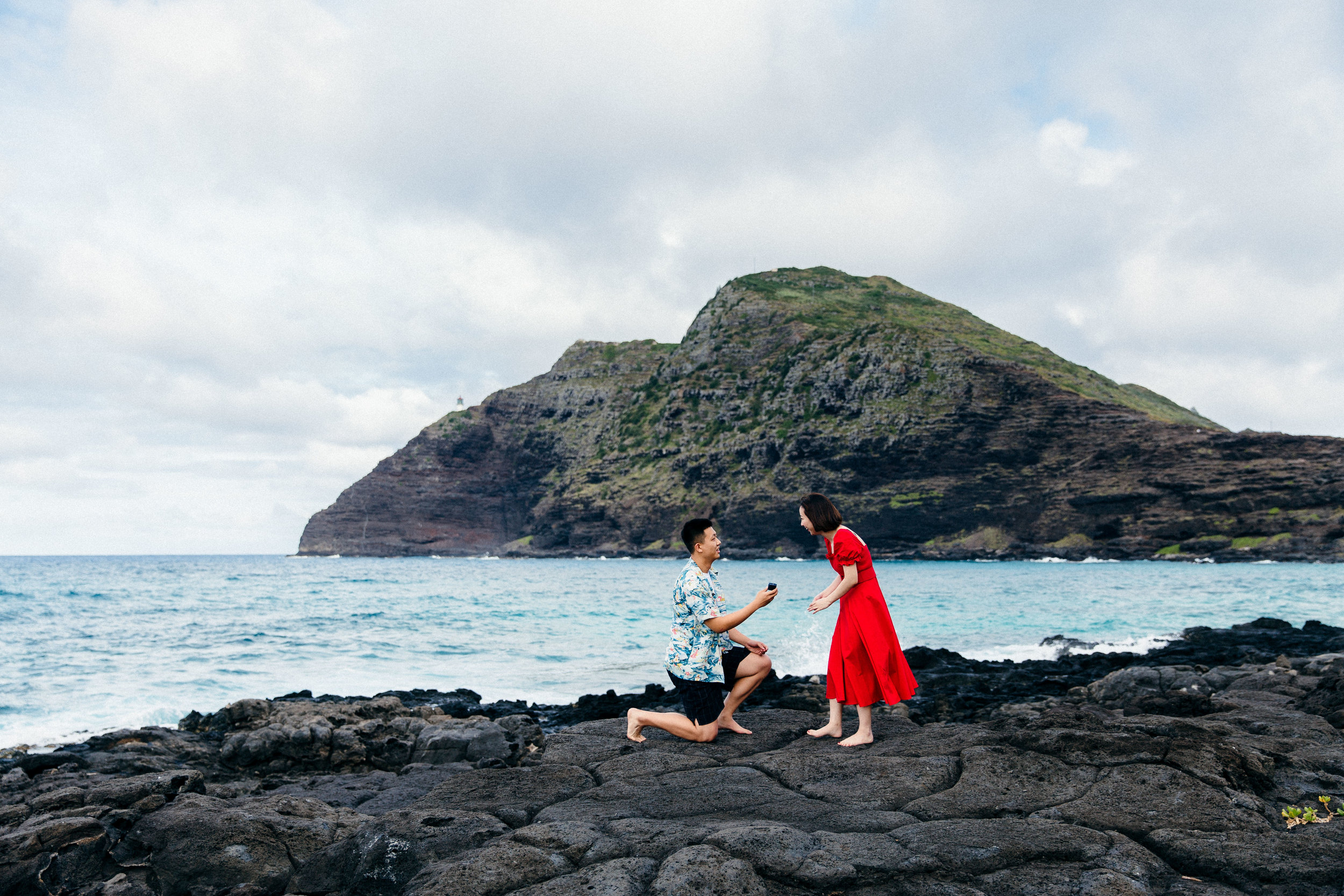 Surprise proposal at Makapuu Lighthouse - Chinese couple traveling to Hawaii during their vacation