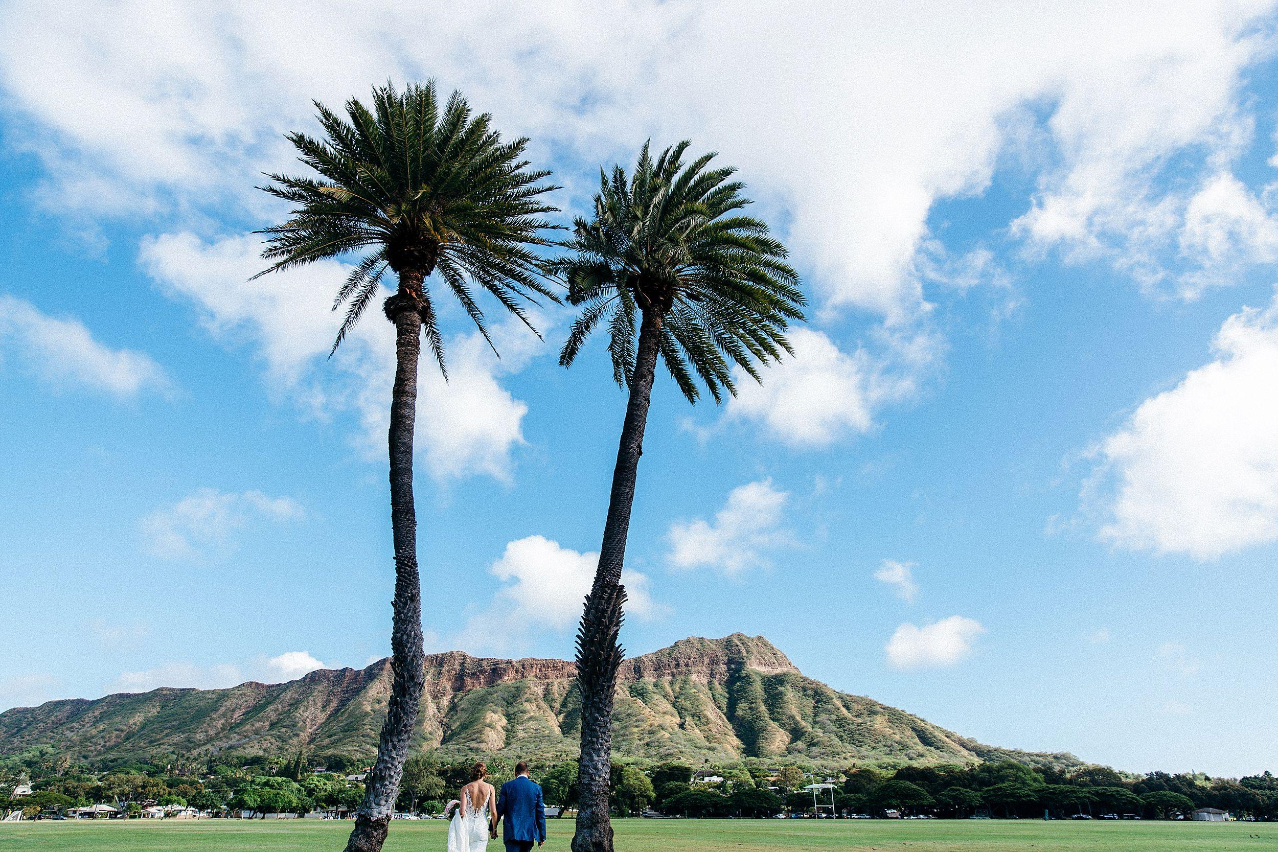 Wedding portraits at Diamond Head near Waikiki, Honolulu, Hawaii - Hannah & Matthew's small, personal elopement