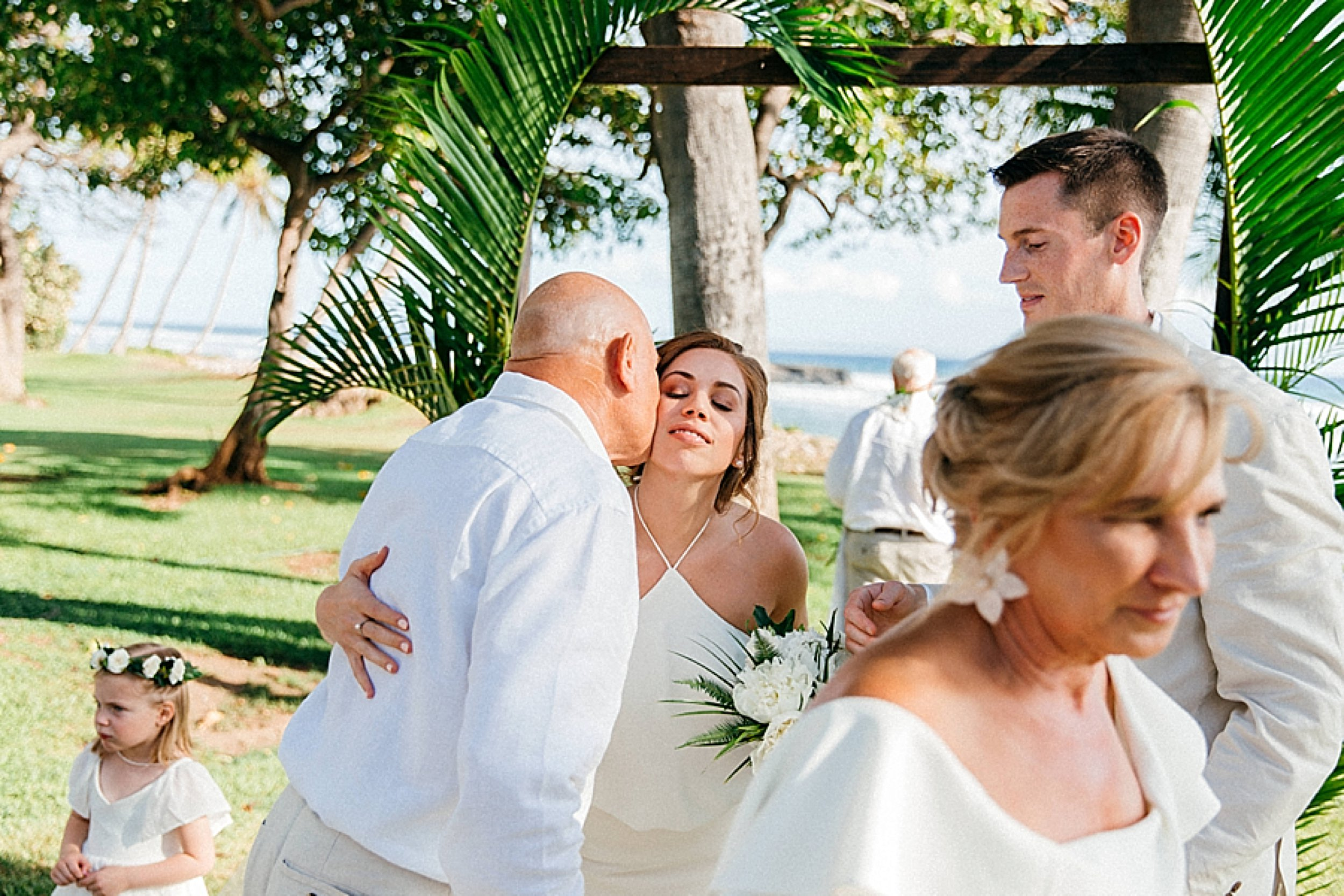 maui-wedding-at-olowalu-plantation-house_0053.jpg
