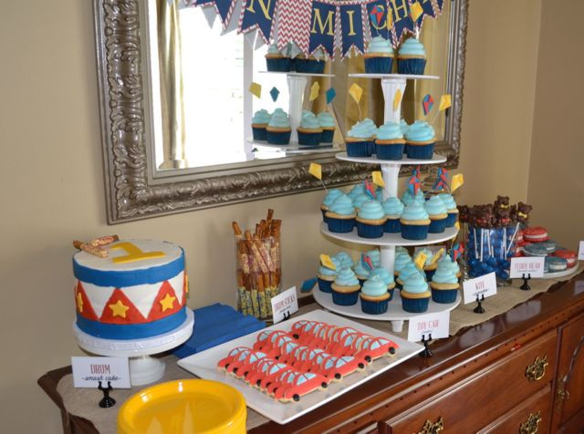 1st birthday dessert table