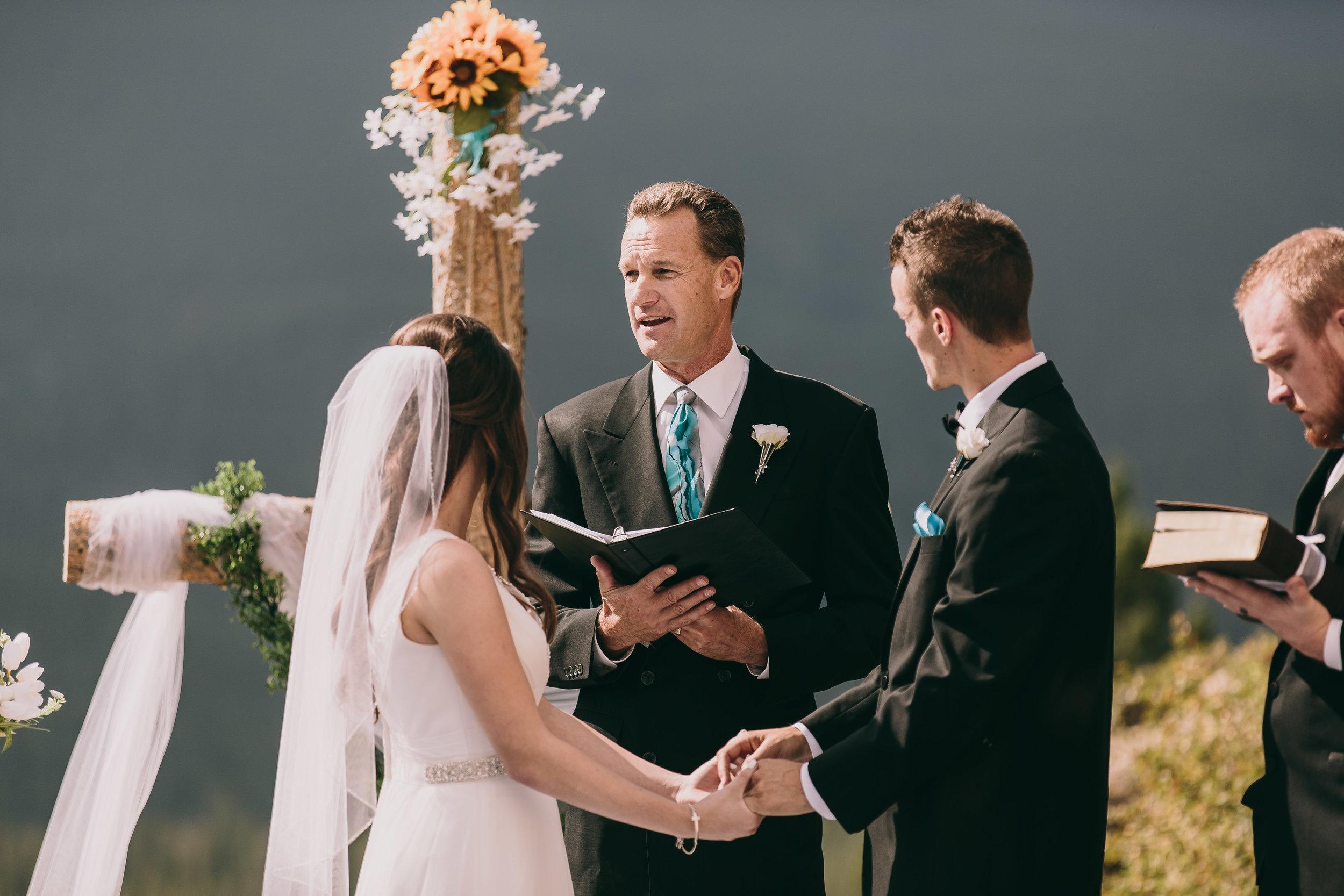 Amy and Aaron Wedding Blog-44.jpg