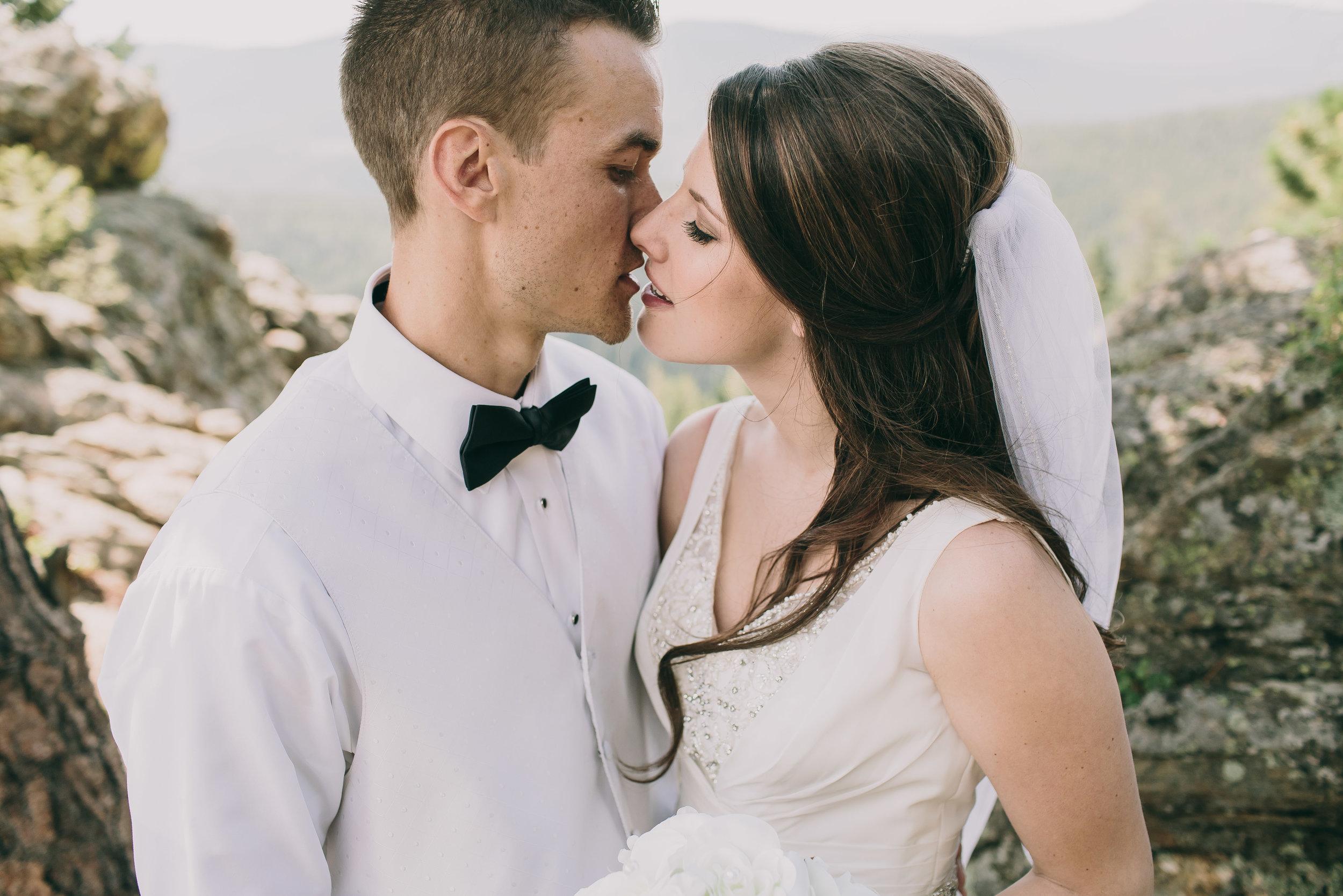 Amy and Aaron Wedding Blog-64.jpg