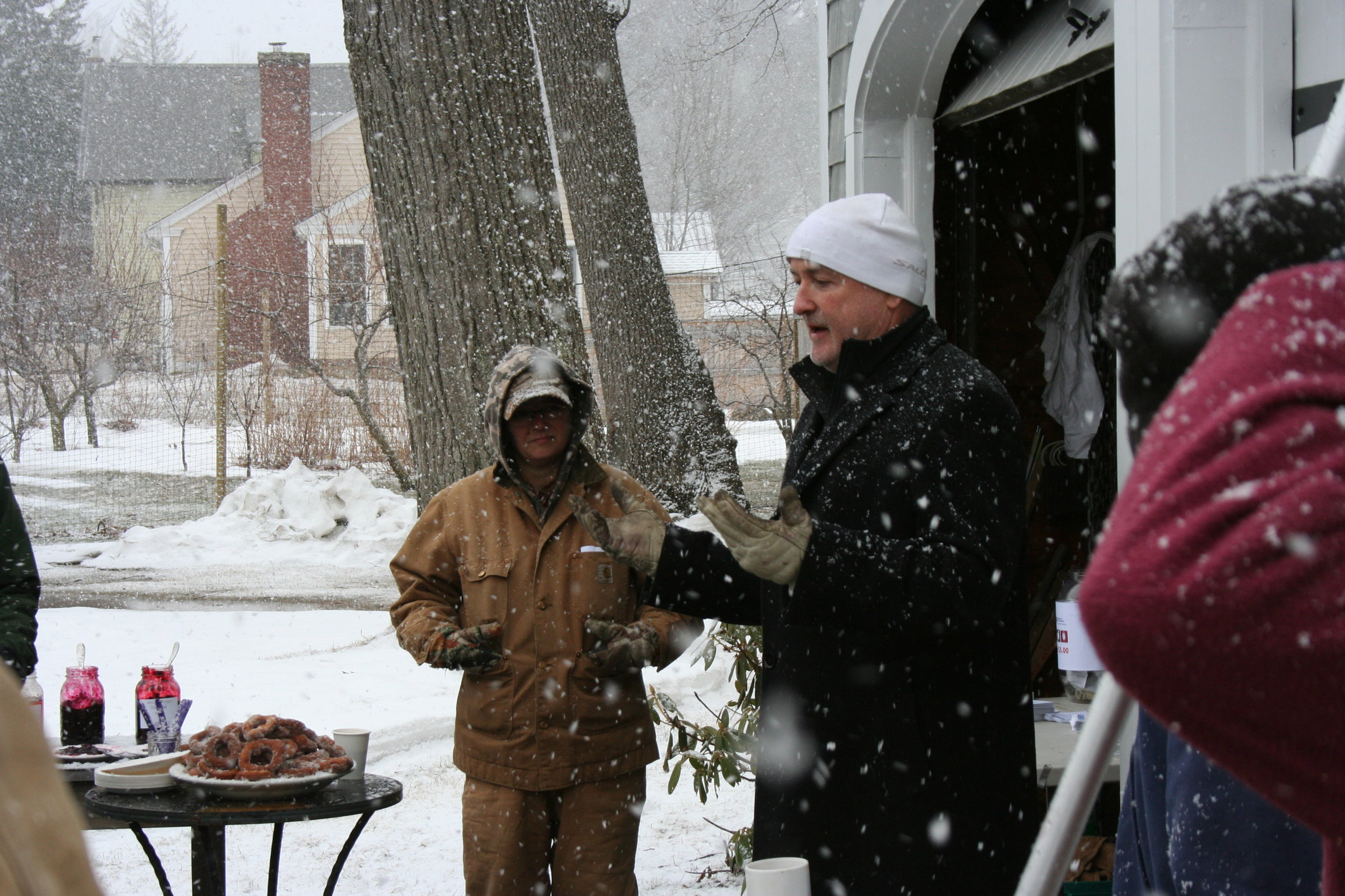Last time the UNH Extension pruned at KSV we were experienced a late March Blizzard.