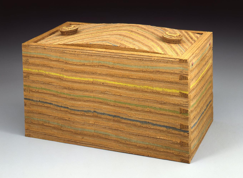 Dovetail Box I 1990 I corrugated paper I 15 x 23 x 14