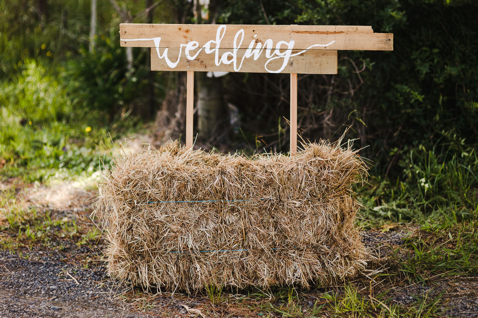 4 Wedding sign in hay bale styling.jpg