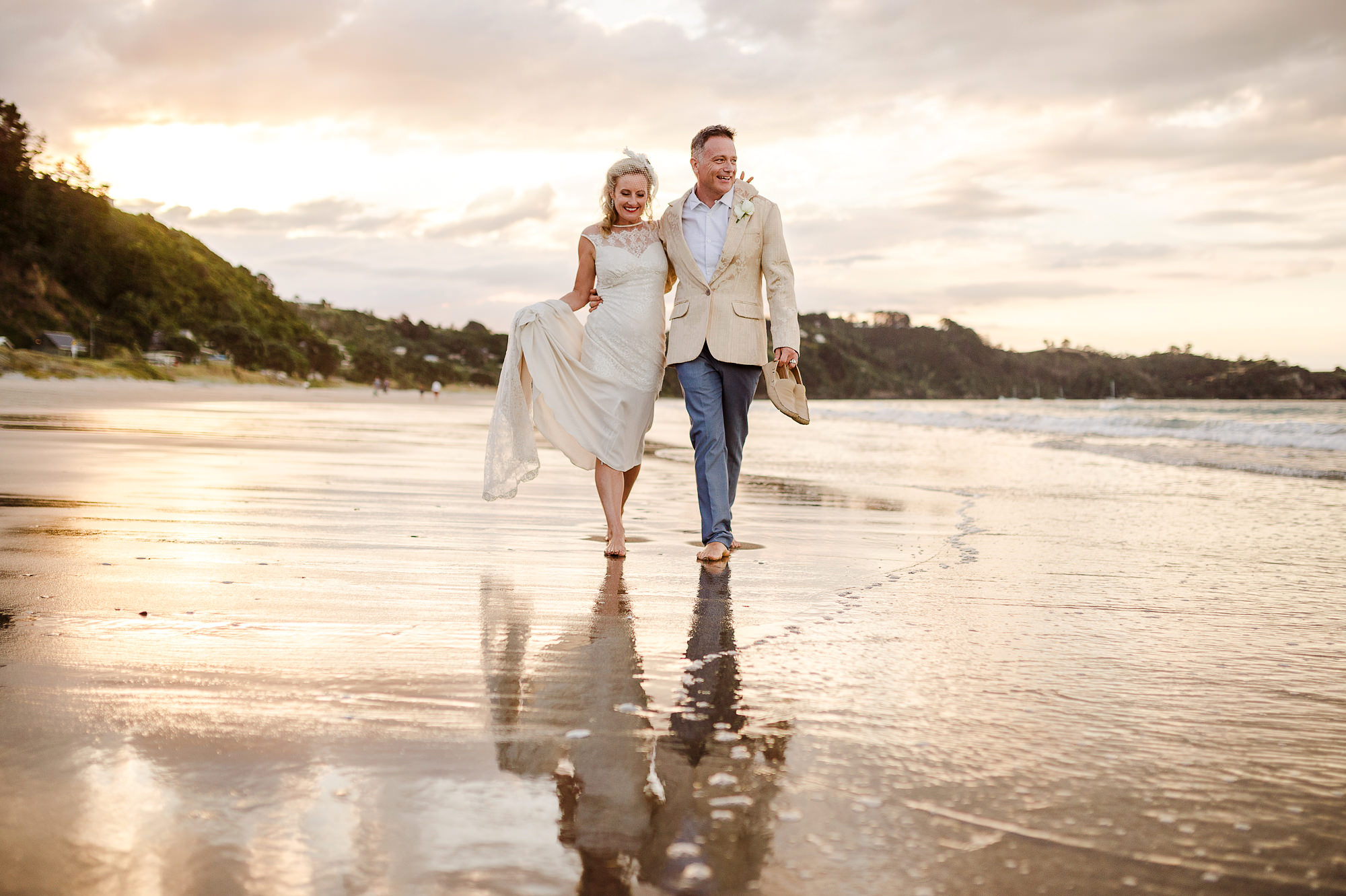 19 Waiheke Wedding Sunset Beach.JPG