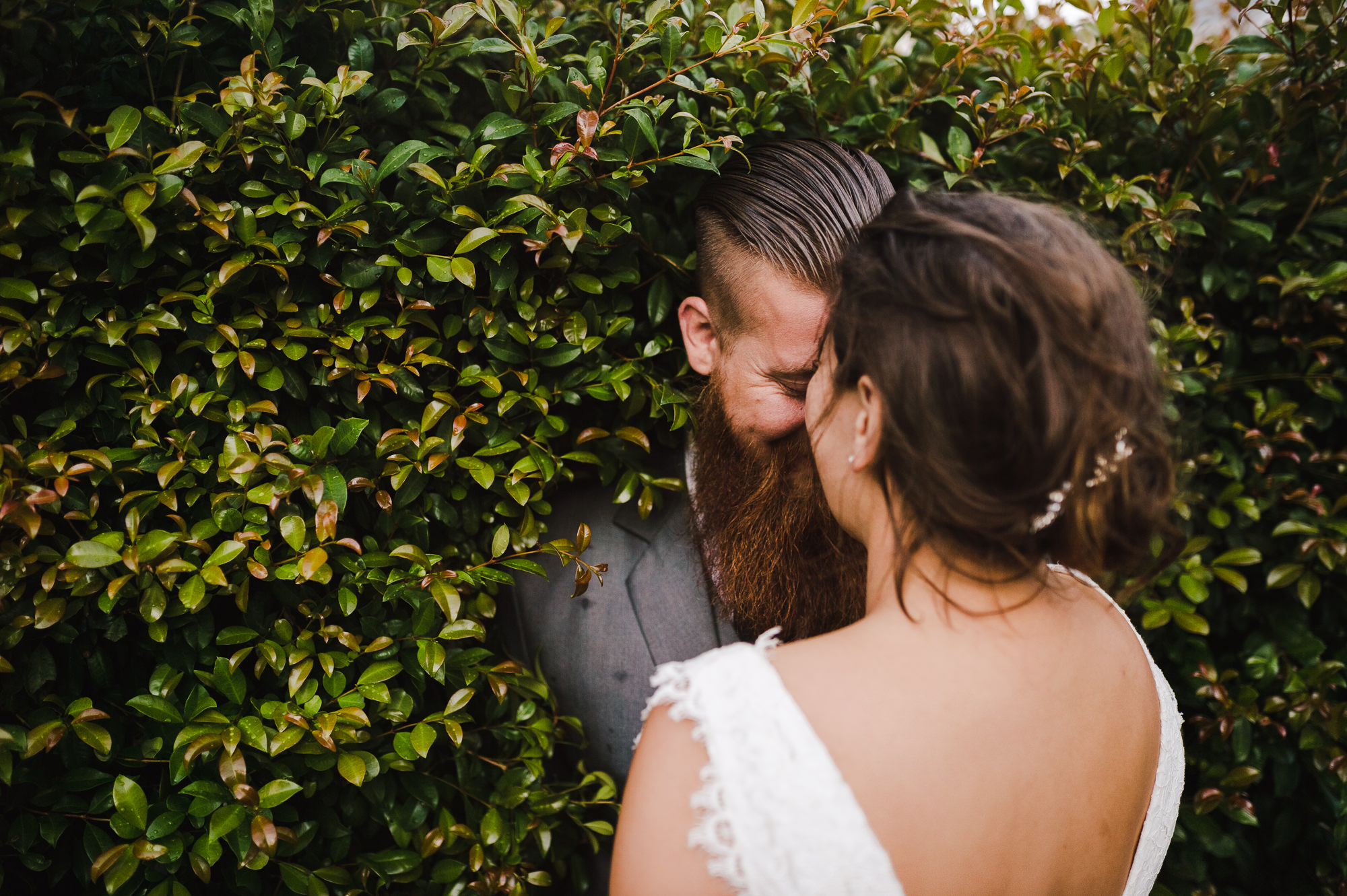 33 Wedding couple in hedge devonport.JPG
