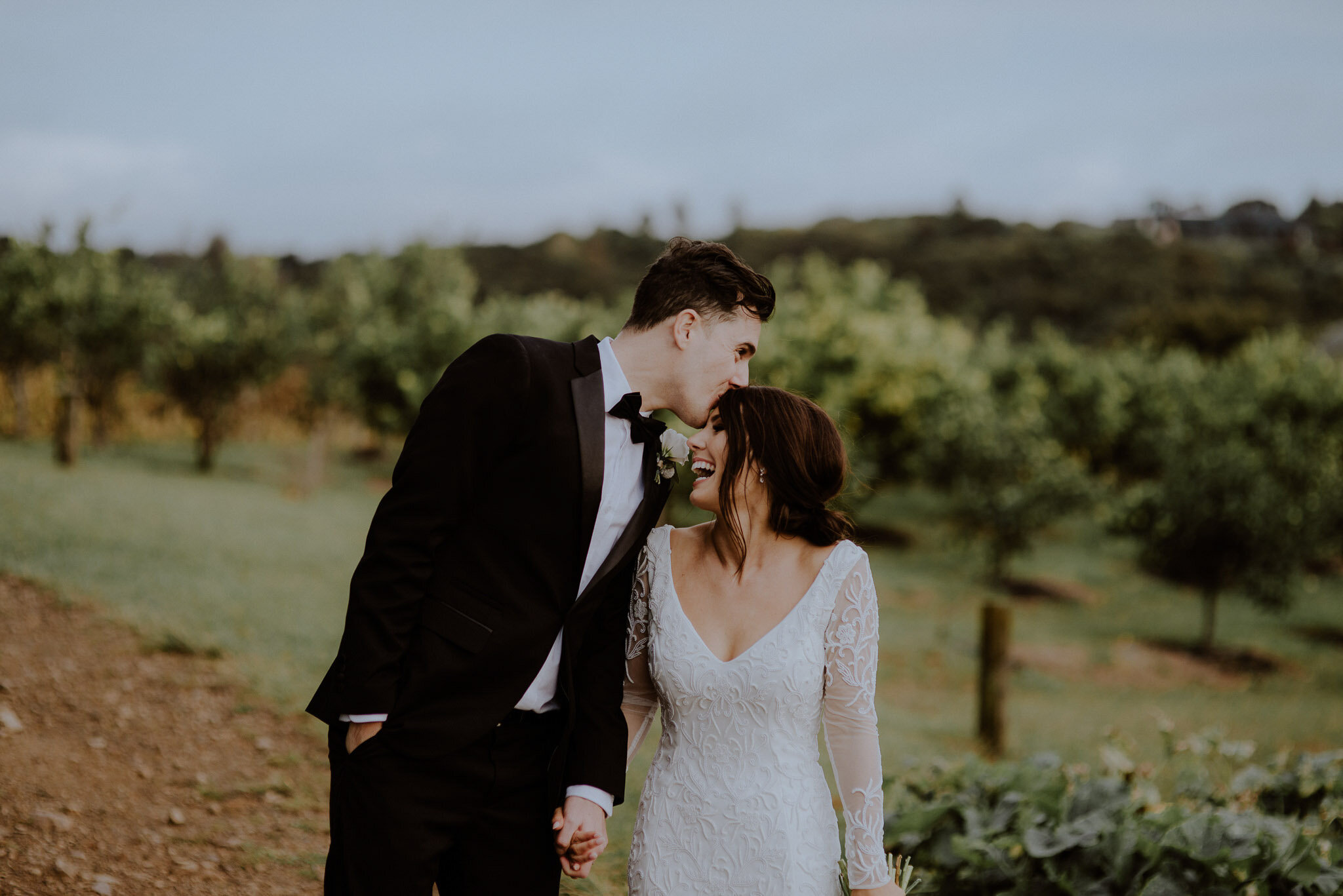 Vineyward wedding photos at Mudbrick